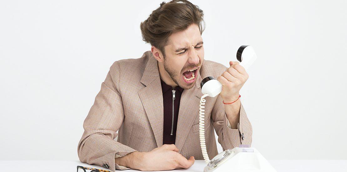 Am Telefon mit Beschwerden umgehen